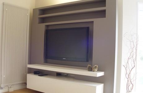 meuble TVA blanc et taupe